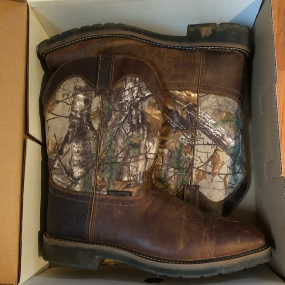 3cb76130e272a Justin Boots Shoes   Waterproof Camo Square Toes Style Wk4676   Poshmark